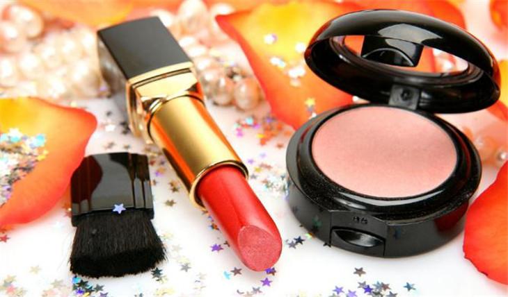 金妆靓妆化妆品加盟