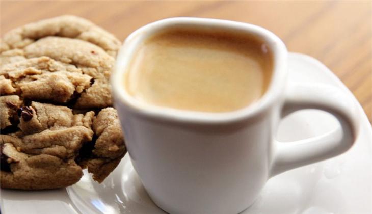 百合咖啡加盟