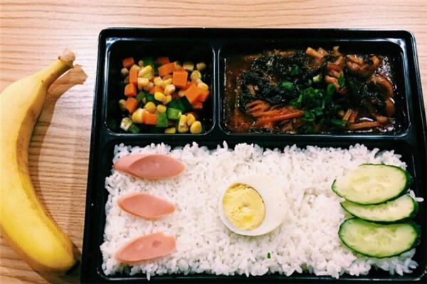 可口人家中式快餐好吃