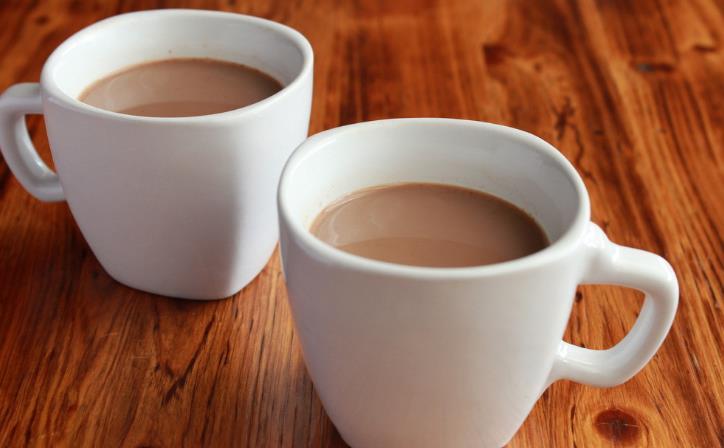 黑茶奶茶鸳鸯奶茶