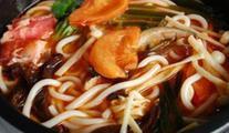 味西石锅拌饭米线拉面加盟