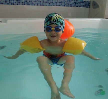 宝宝游泳馆加盟