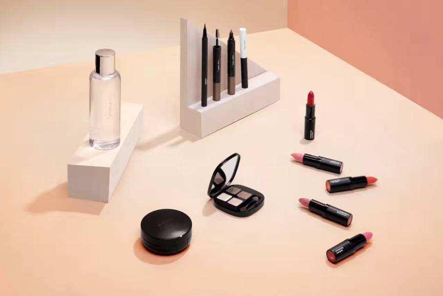 完美日记化妆品加盟