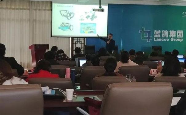 瓦力工廠受邀為安徽中職信息教師國培班講解人工智能課程
