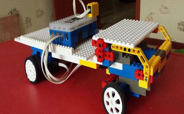 樂博樂博機器人教育優勢有哪些
