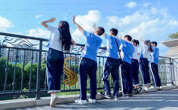 聚能教育晋城校区:做这样的初中生家长孩子更喜欢