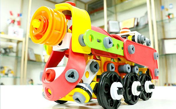 泺喜机器人加盟怎么样?泺喜机器人加盟优势有哪些?