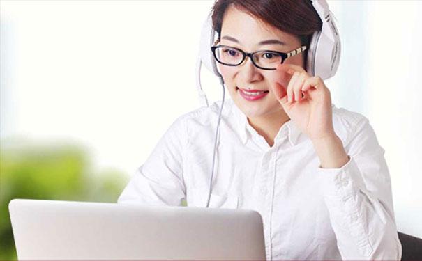 掌门1对1在线直播课堂,让孩子在家也能安心学习