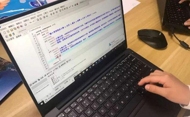 嗨编程HiCode,源于美国编程教育讲堂!