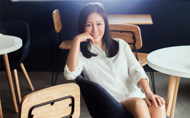 退伍后連創3個品牌,80后北京大妞告訴你:長得漂亮不如活得漂亮!