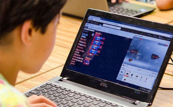 少兒編程適合多大的孩子學?一年費用大概多少?