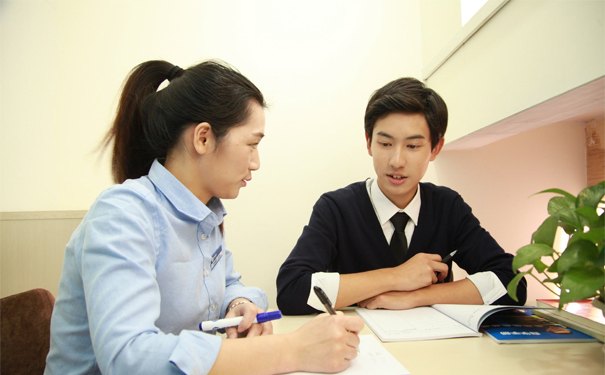 精锐教育提醒:高考前夕,学霸们都在做什么?