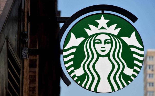 星巴克要专心搞新零售?计划关600家传统店开800家新式店