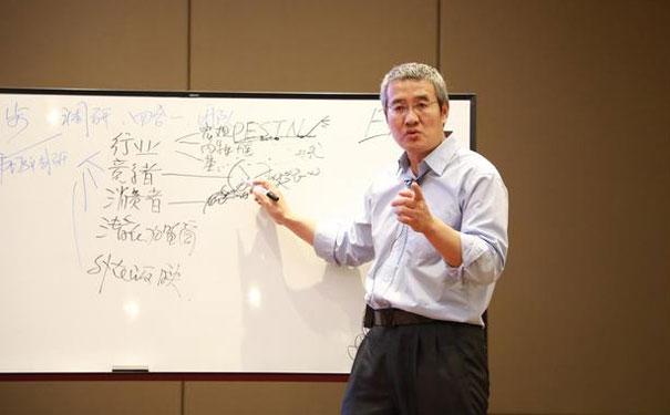 李维华讲特许:再谈直营、加盟……哪个连锁经营形式是主流