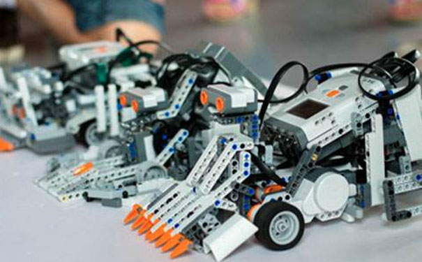机器人教育加盟