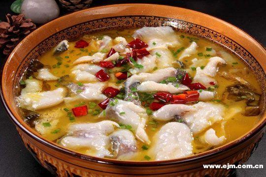 杨记鱼小跃酸菜鱼加盟流程
